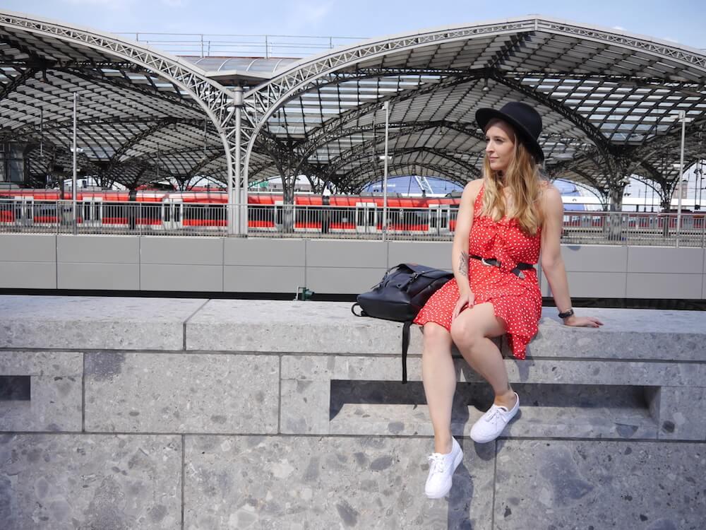 Rotes Polka Dress