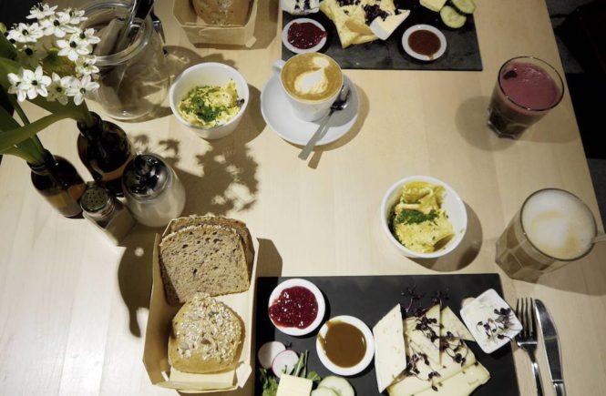 Café Heimisch Käsebrett