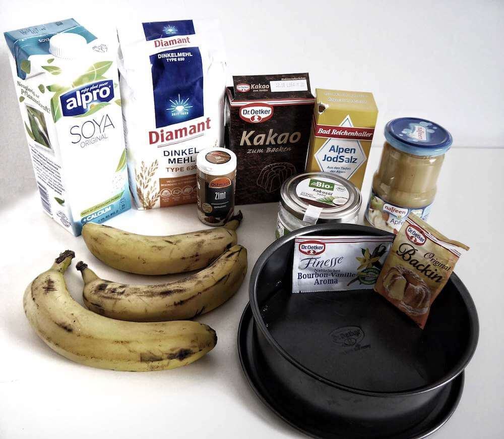 Zutaten veganer Bananenkuchen