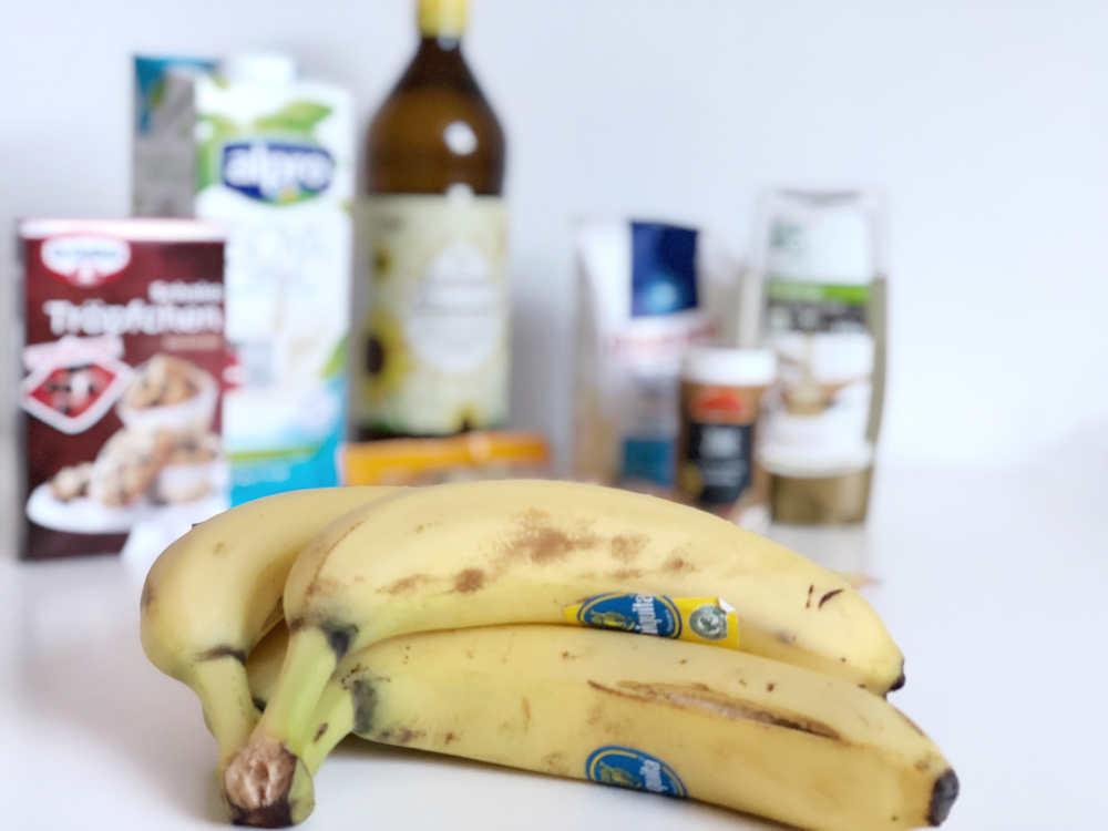 Grundzutaten veganes Bananenbrot
