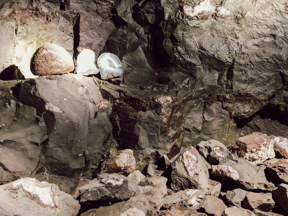 Edelsteine in der Edelsteinmine Steinkaulenberg